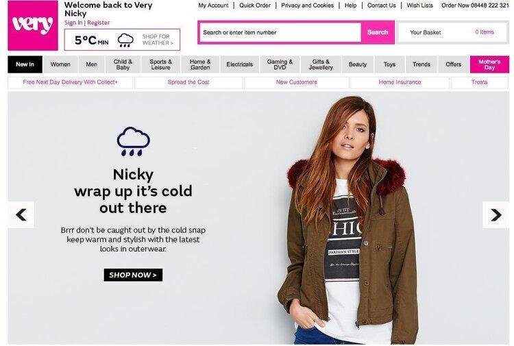 website showing a woman in a jacket with a personalized message about the weather using data personalization
